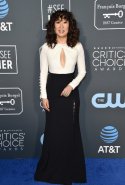 Sandra Oh dressed in Prabal Gurung