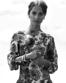 """Serpenti's an iconic piece of jewellery that's defined the house of Bulgari"" – Alicia Vikander"