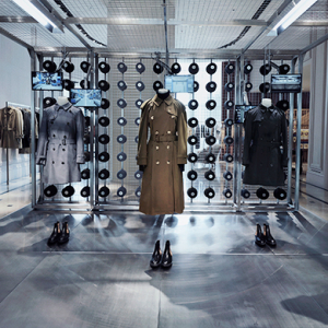Burberry celebrates its Heritage Trench Coat at The Dubai Mall