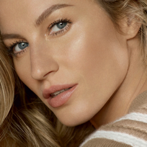 Mario Testino shoots Gisele and more for Les Beiges Chanel campaign