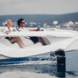 Quadrofoil: The first all-electric hydrofoiling watercraft