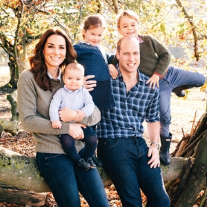 Kensington Palace releases the 2018 royal holiday card images
