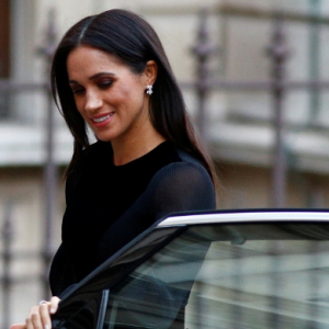 Meghan Markle closed her own car door during her first solo royal outing and it's all the internet is talking about