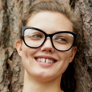 Stella McCartney's new sustainable eyewear collection is as awesome as you'd imagine