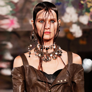 Paris Fashion Week: Alexander McQueen Spring/Summer '18
