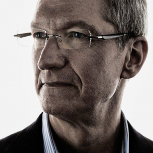 Apple's Tim Cook plans to give away all of his wealth