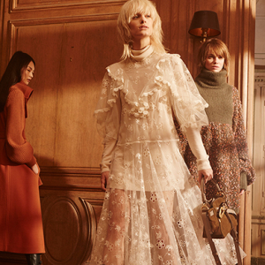 Discover Chloé's bohemian Fall '17 collection
