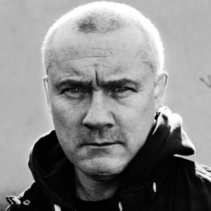 Damien Hirst to build and create entire town