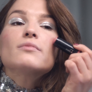 Watch now: Hanneli Mustaparta films a make-up lesson with Dior