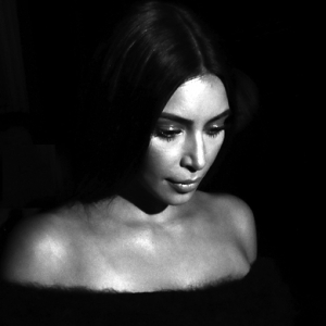 Kim Kardashian robbed in Paris