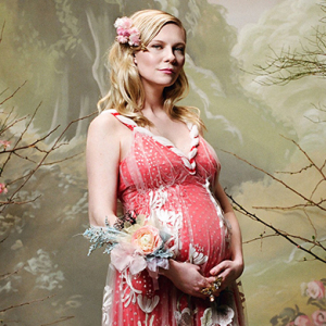 Kirsten Dunst confirms she is pregnant in Rodarte's new lookbook