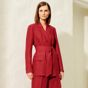 Loro Piana launches an exclusive capsule collection for Dubai