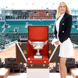 2017 French Open: Nicole Kidman and Alexander Skarsgard unveil custom Louis Vuitton travel trunks