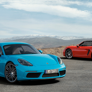 Porsche launches the new 718 Cayman