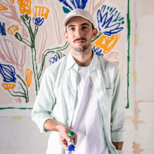 French artist Alexandre Benjamin Navet explores the world of flowers with Van Cleef & Arpels