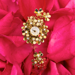 Van Cleef & Arpels' Frivole collection provides the perfect blooming pieces for Mother's day