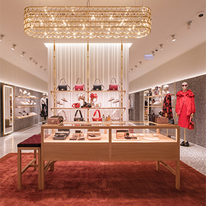 The new Valentino boutique in Abu Dhabi is open and it is dreamy