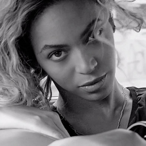 Beyoncé like you have never seen her before in 'Yours and Mine' video