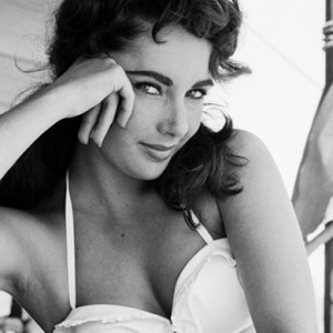 New Getty Images London exhibit to honour Elizabeth Taylor's humanitarian efforts