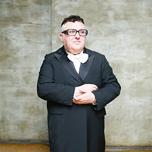 Alber Elbaz just inked a deal with Richemont