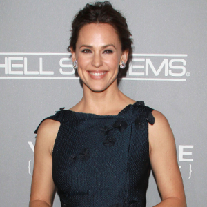 Celebrities honour Jennifer Garner at Baby2Baby Gala