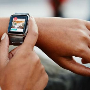 Check-in time: Airbnb now allows booking through the Apple Watch