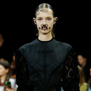 "Riccardo Tisci to show Givenchy SS16 to twelve hundred ""real people"" during NYFW"