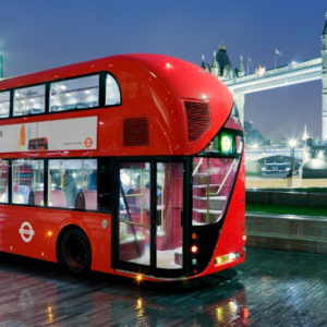 London's hybrid buses to wirelessly recharge at bus stops