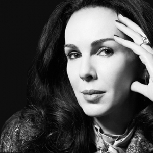 Sad reports that L'Wren Scott has passed away surface