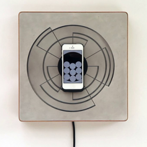 Presenting the magnetic Spira iPhone charger