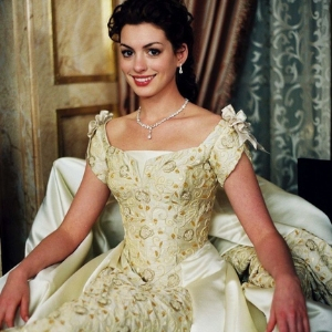 So, Anne Hathaway has confirmed 'The Princess Diaries 3' is happening