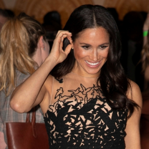 Meghan Markle stuns in Oscar de la Renta as she and Prince Harry return to Sydney