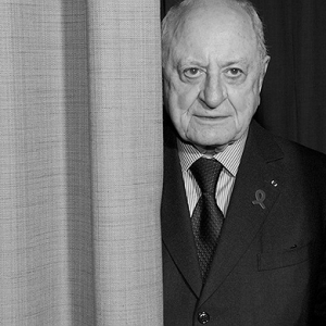 Pierre Bergé makes New Years Honours List and is declared a Grand Officer