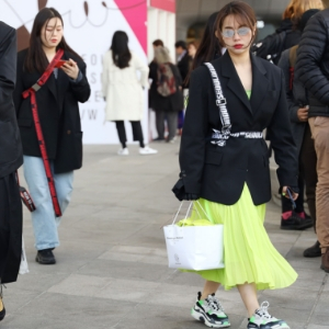 The best street style looks from Seoul Fashion Week