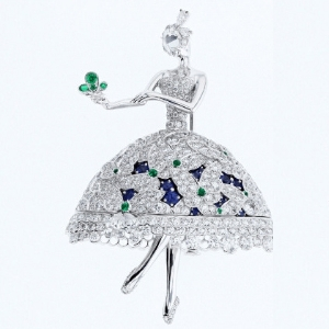 Van Cleef & Arpels brings Le Secret high jewellery collection to Dubai for the first time