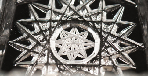 Master the art of glass-cutting at Downtown Design