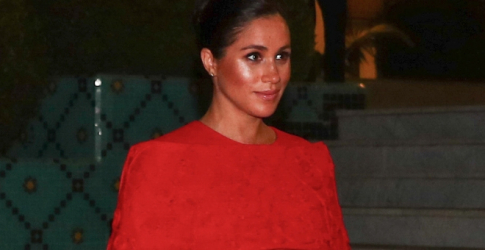 OMG Meghan Markle looks incredible in this red hot Valentino dress