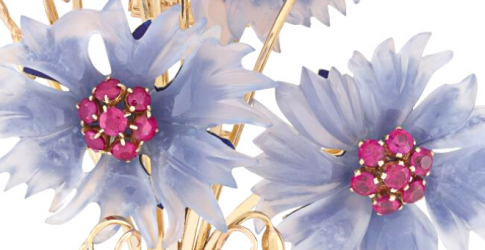Van Cleef & Arpels' new collection offers the perfect pieces for Ramadan