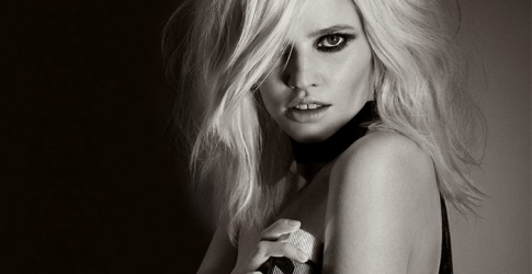 Lara Stone looks killer in new Tom Ford fragrance ad