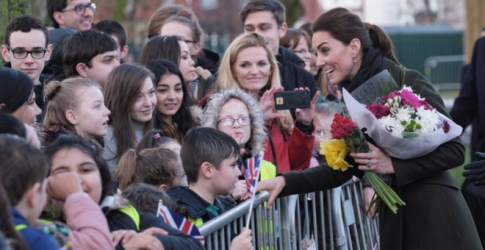 Kate Middleton opts for Turkish handbag label Manu Atelier on latest outing