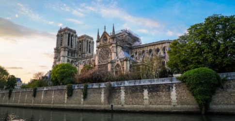 Paris launches international competition to redesign Notre Dame