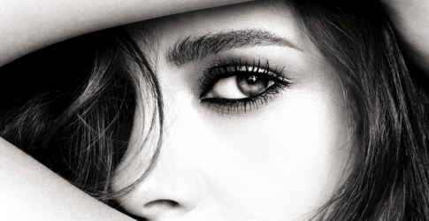 Kristen Stewart is the new face of Chanel Eyes '16 campaign