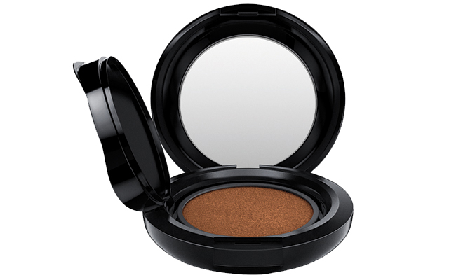 MAC Matchmaster Shade Intelligence Compact Refill in shade 7.5