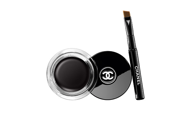 Calligraphie Chanel, Hyperblack