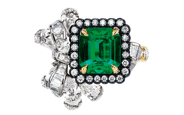 Dior's Acanthe Émeraude Ring, price upon request
