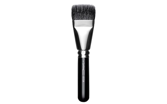 MAC Matchmaster Brush 197SH