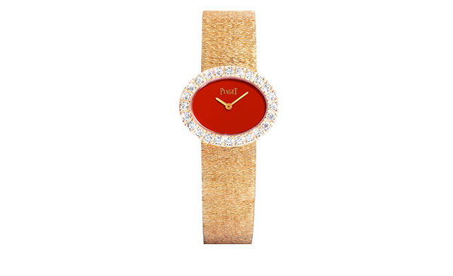 2017 traditional oval-shaped watch novelty in natural cornelian and pink gold