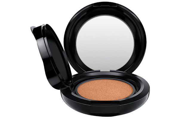 MAC Matchmaster Shade Intelligence Compact Refill in shade 5