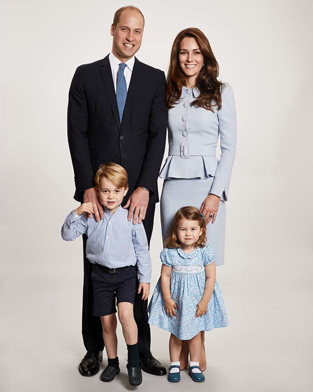 Prince William and Kate Middleton release new family portrait for the holidays