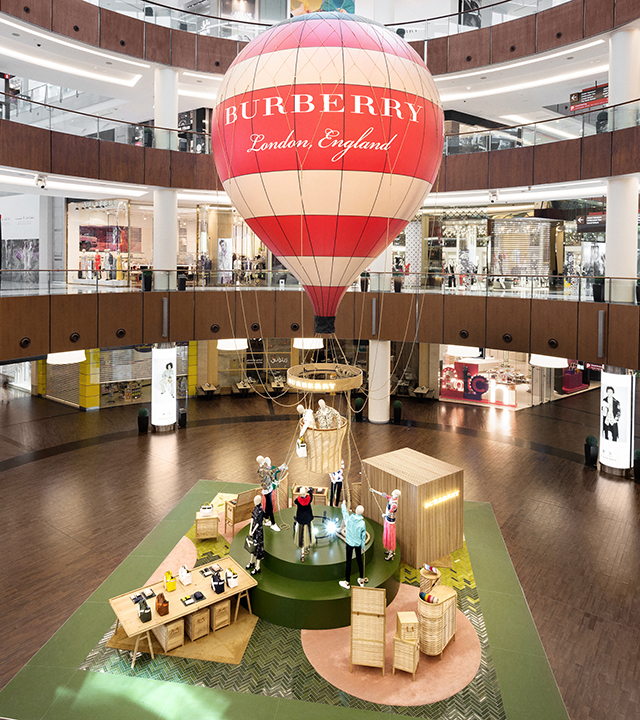 The Burberry Balloon has arrived in Dubai to celebrate its S/S'18 collection